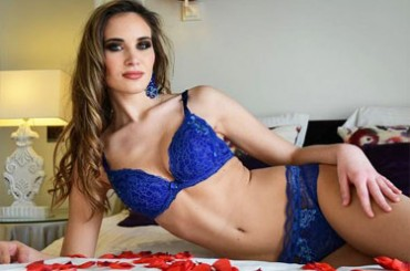 In Belgium we talk about Miss Camille Roger !!!! Belgian beauty who conquered, in the European final, a place among the 5 most beautiful finalists of Europe