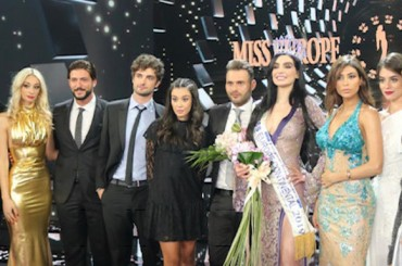 The important role of the jury in an international beauty contest