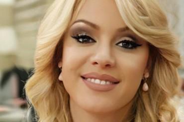 Intervista a Manjola Topra, hairstylist ufficiale di Miss Europe Continental